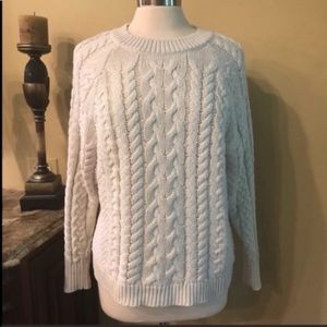 Aerie soft cream cable knit sweater